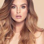 Jak zwiększyć objętość włosów – najlepsze triki i produkty